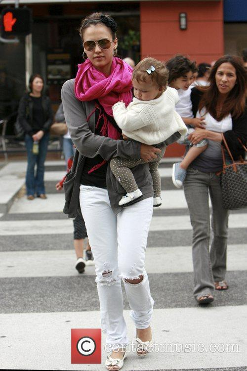Jessica Alba and her daughter Honor Marie 18