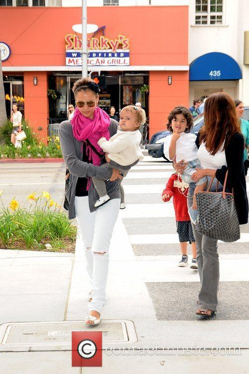 Jessica Alba and Her Daughter Honor Marie 5