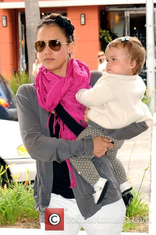 Jessica Alba and Her Daughter Honor Marie 7