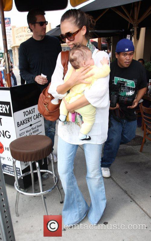 Jessica Alba, Cash Warren and Their Daughter Honor Leaving Toast Restaurant After Having Lunch Together 6