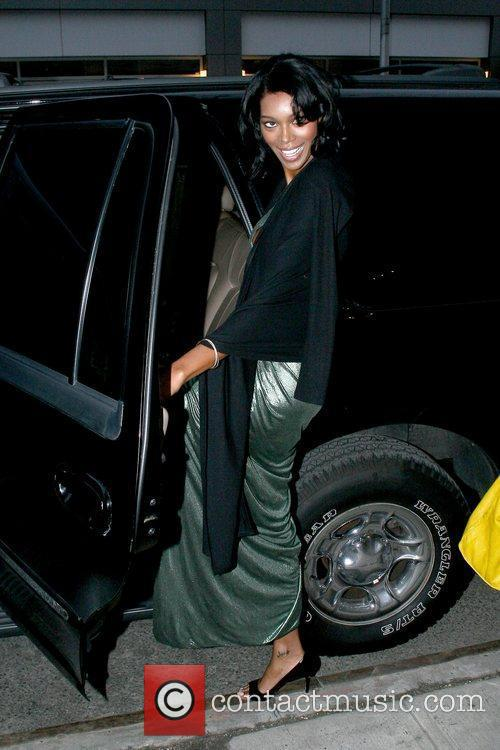Jessica White Sports Illustrated model seen leaving her...