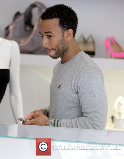 John Legend and His Girlfriend Christy Teigen Go Shopping At Intermix 11