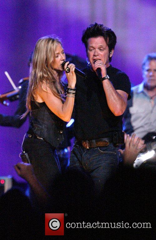 Sheryl Crow and John Mellencamp 3