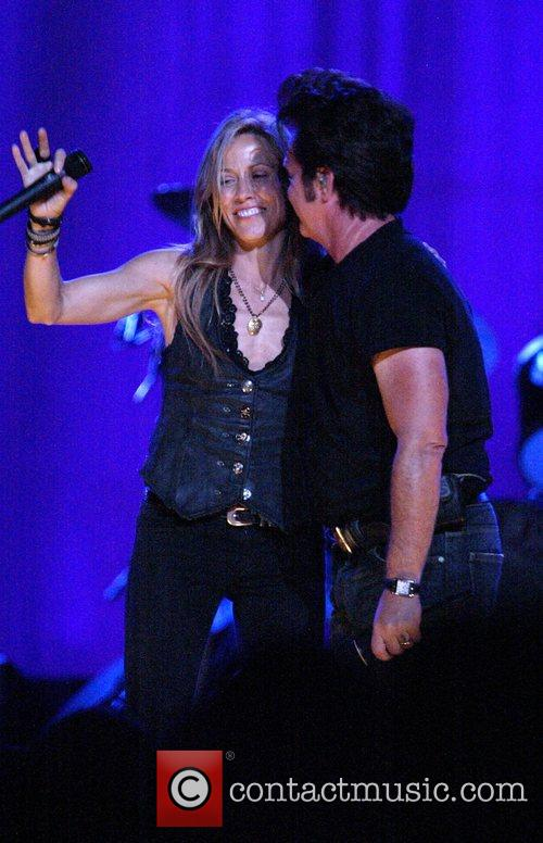 Sheryl Crow and John Mellencamp 1