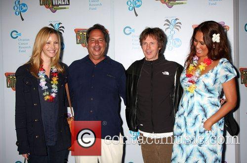 Lisa Kudrow, Dana Carvey and Tia Carrere 4