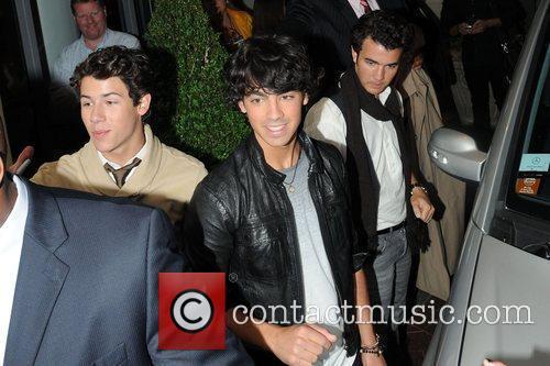 Kevin Jonas Joe Jonas 1