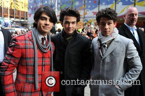 Joe Jonas, Kevin Jonas, Nick Jonas The Jonas...