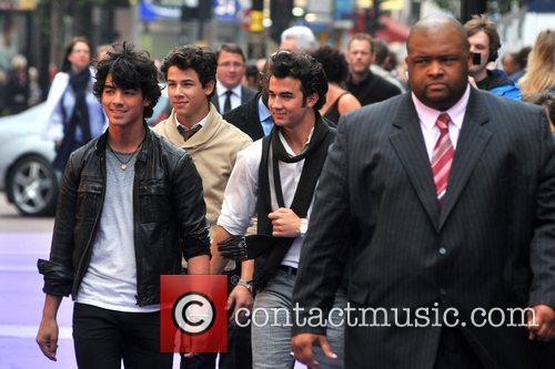 Kevin Jonas, Joe Jonas and Nick Jonas 13