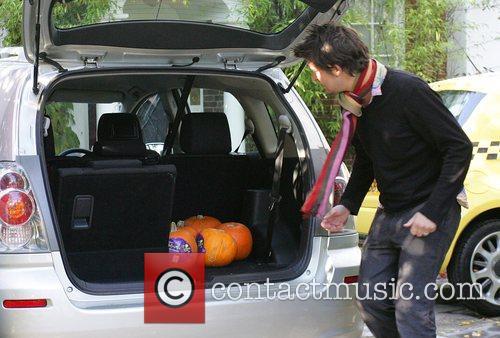 A friend of Jonathan Ross brings pumpkins to...