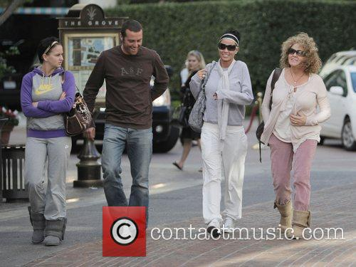 katie price aka jordan walking with friends at the grove. 2278774