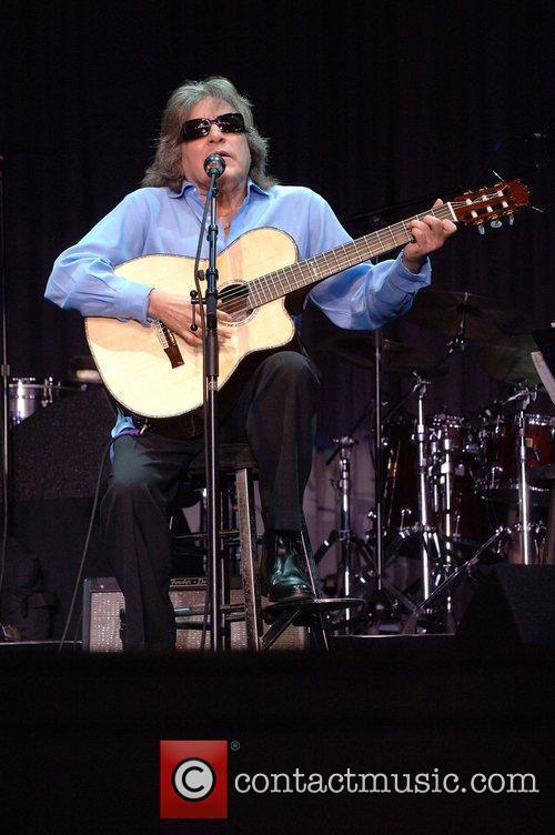 Jose Feliciano 8
