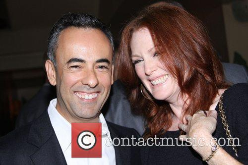 Francisco Costa and Julianne Moore 4