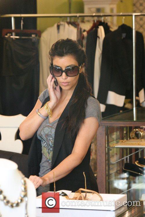 kim kardashian 2327328