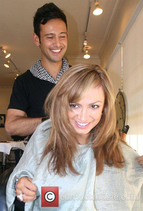 Gets her hair done at the B2V salon...