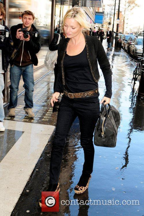 Kate Moss arrives to Top Shop offices