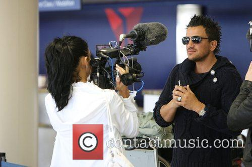 Peter Andre and Katie Price arriving at LAX to catch a flight 1