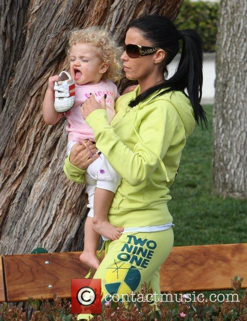 Katie Price, Princess Tiaamii have lunch at Tra di Noi