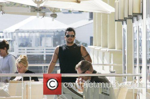 Peter Andre and Malibu Beach 6