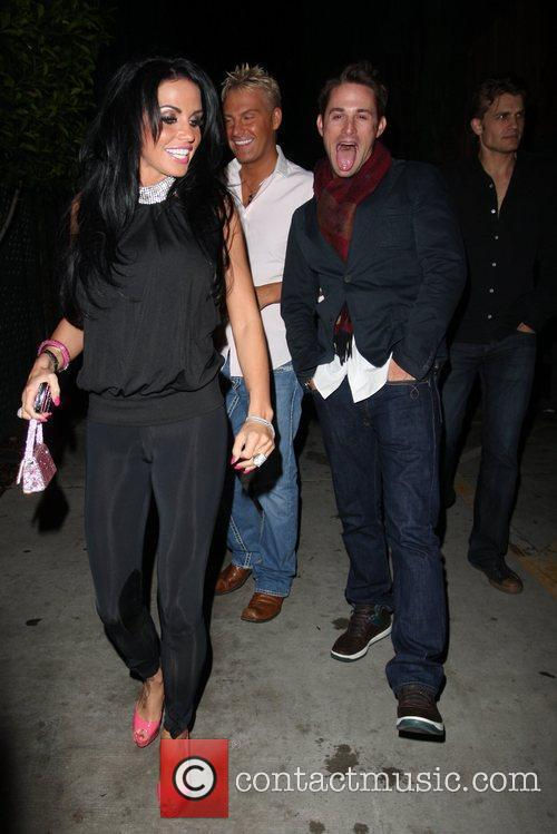 katie price aka jordan leaving nobu restaurant with friends in hollywood 2290512