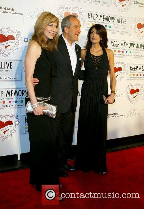 Leeza Gibbons, Larry Ruvo and Teri Hatcher 3