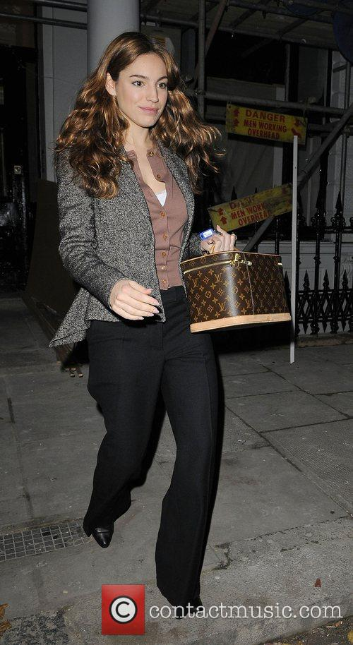Kelly Brook leaving her flat to go shopping...