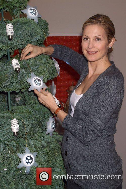 Eco-friendly 'Gossip Girl' star, Kelly Rutherford kicks-off a...