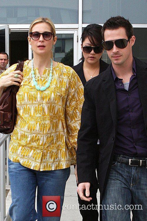 'Gossip Girl' co-star Kelly Rutherford leaving Santa Monica...
