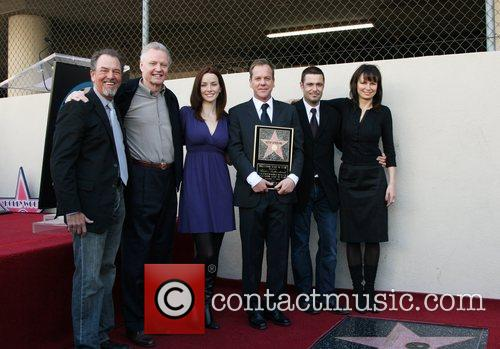 Gregory Itzen, Jon Voight, Mary Wersching, Kiefer Sutherland,...