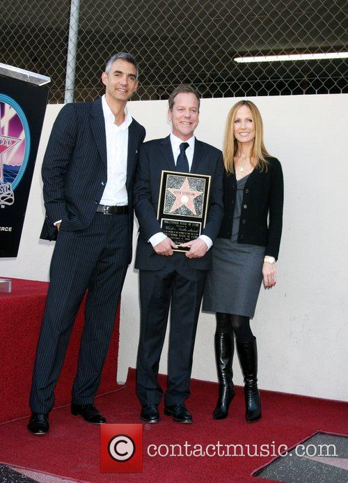 Kiefer Sutherland and TV Executives Kiefer Sutherland receives...