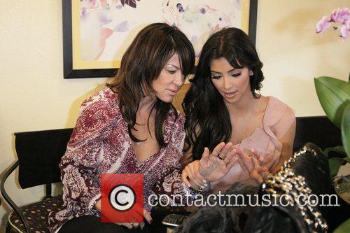 Kim Kardashian and Pussycat Dolls 7