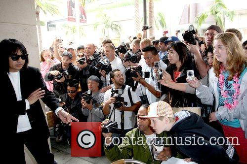 Kim Kardashian on the set of a photo...