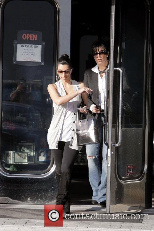Kim Kardashian and Her Mother Kris Jenner Leaving Xiv Karat Jewelry Store In Beverly Hills 11