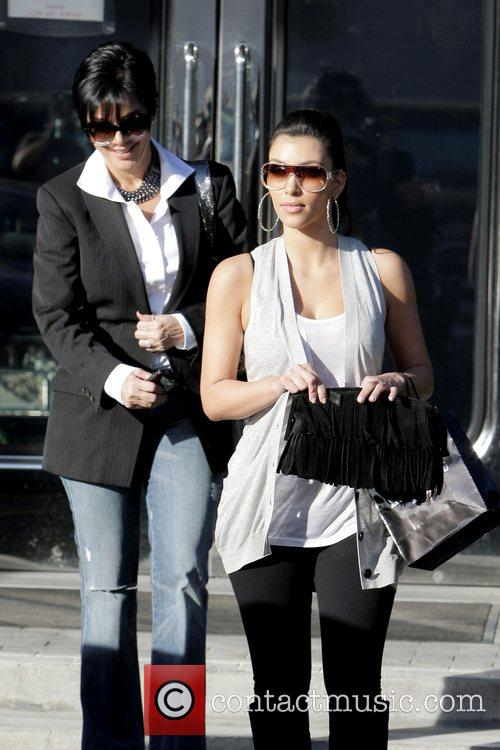 Kim Kardashian and Her Mother Kris Jenner Leaving Xiv Karat Jewelry Store In Beverly Hills 6