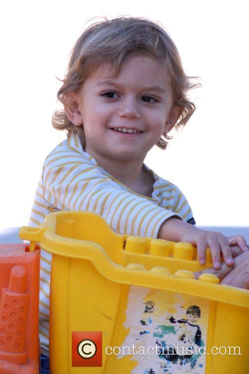 Gwen Stefani's son, Kingston Rossdale, playing in a...