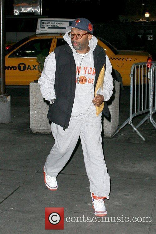 Arriving for the New York Knicks basketball game...