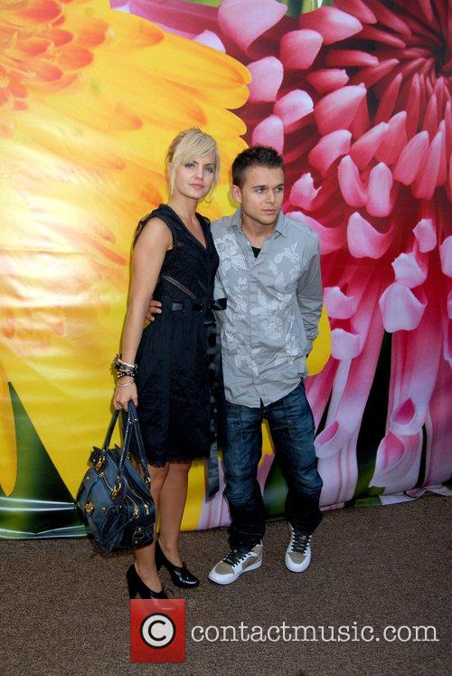 Mena Suvari and Her Boyfriend Simone Sestito 3