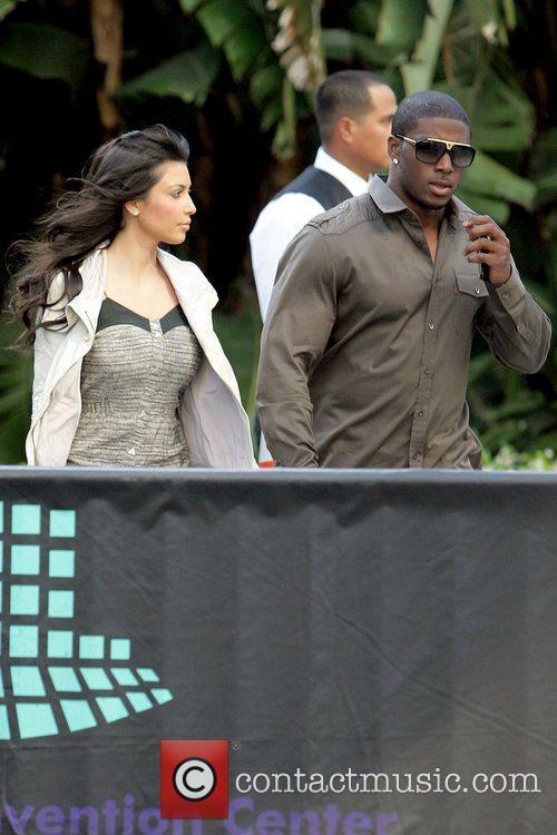 Kim Kardashian and Reggie Bush 3