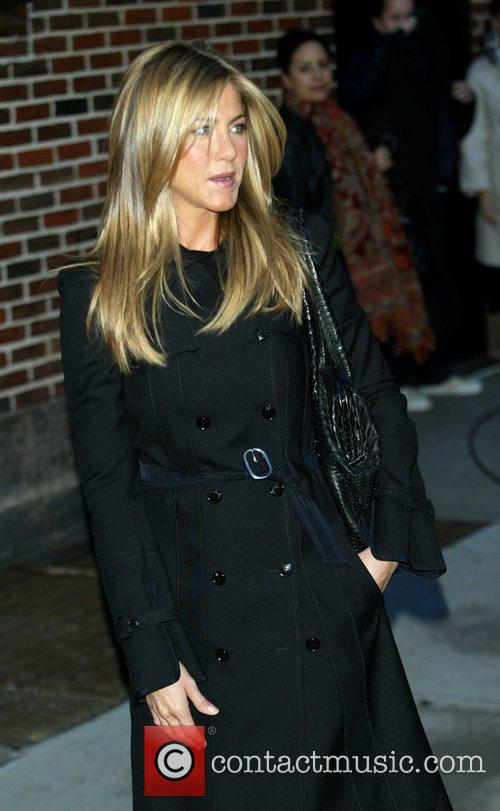 Jennifer Aniston and David Letterman 4