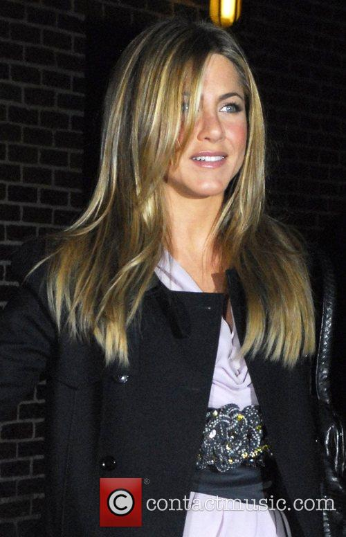 Jennifer Aniston and David Letterman 17