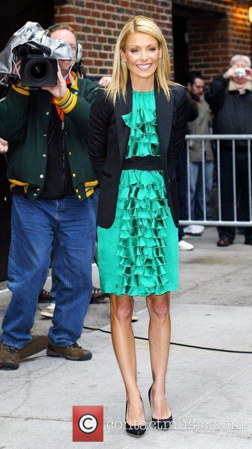 Kelly Ripa and David Letterman 11