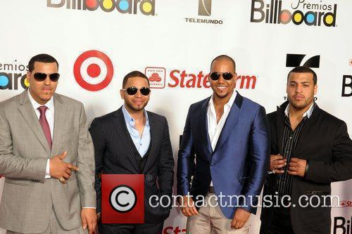 Aventura and Billboard 1