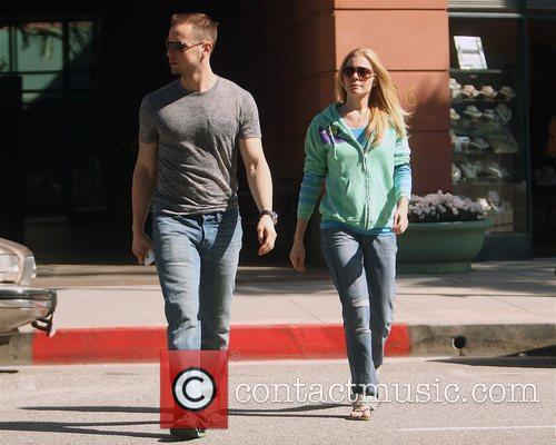 Leann Rimes, Husband Dean Sheremet, Wearing Flip Flops and Leaving A Medical Building In Bevelry Hills 3