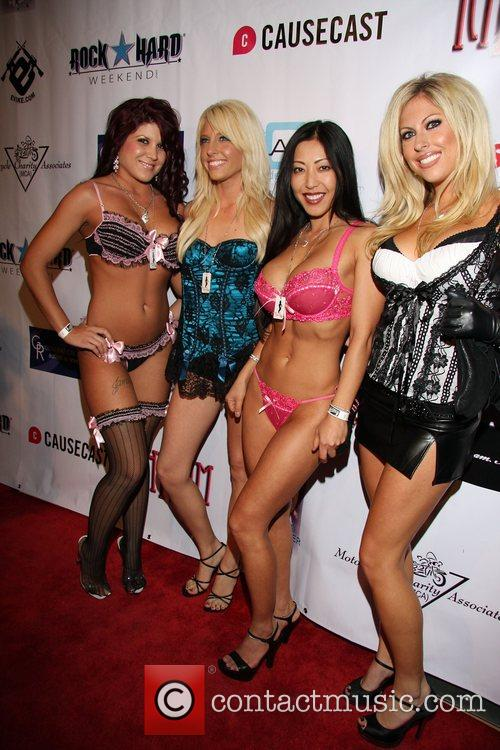 TeaseUm Girls 2nd Annual Leather Meets Lace event...