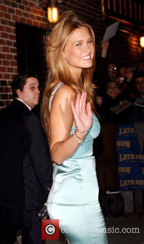Bar Refaeli and David Letterman 7