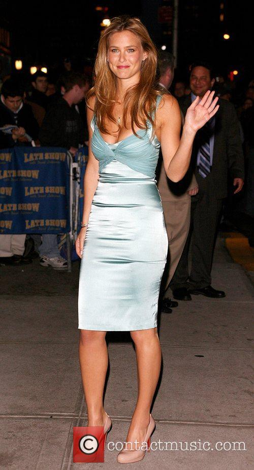 Bar Refaeli and David Letterman 21