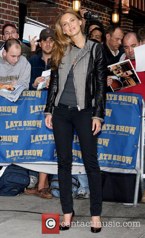 Bar Refaeli and David Letterman 3