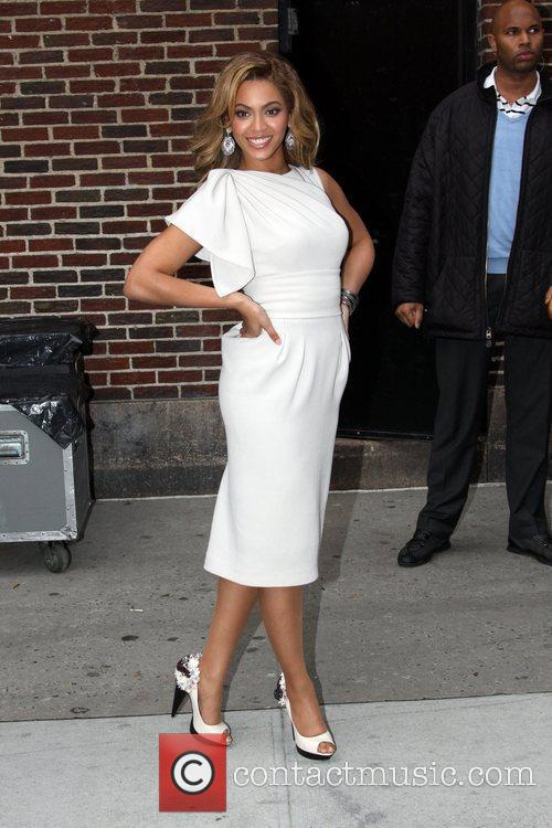 Beyonce Knowles and David Letterman 6