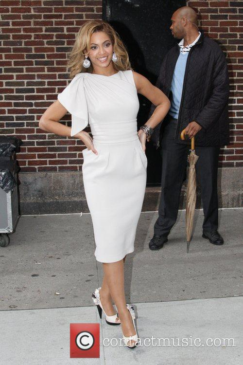 Beyonce Knowles and David Letterman 7