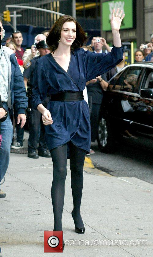 Anne Hathaway and David Letterman 11