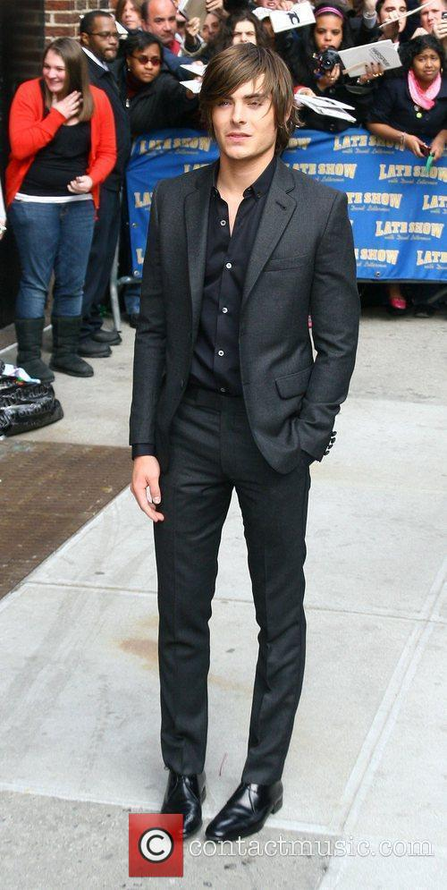 Zac Efron and David Letterman 10